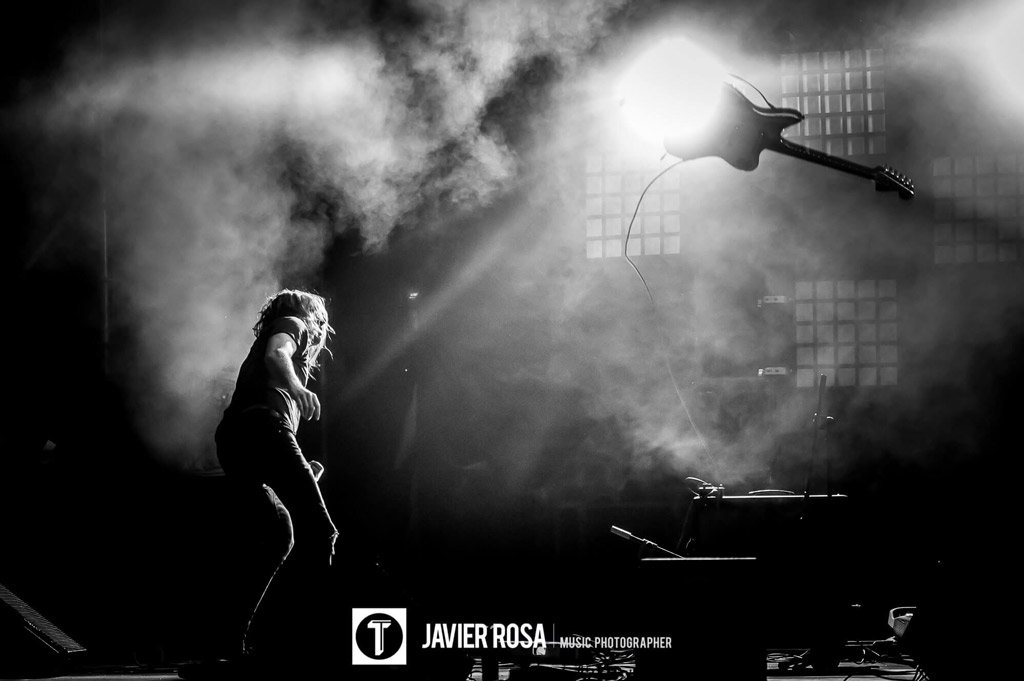 A-PLACE-TO-BURY-STRANGERS_TOMAVISTAS-FESTIVAL-2016_Javier-Rosa-MusicPhotographer